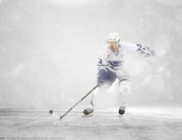 Sport___Hockey_Hockey_player_Henrik_Sedin_on_ice_056088_